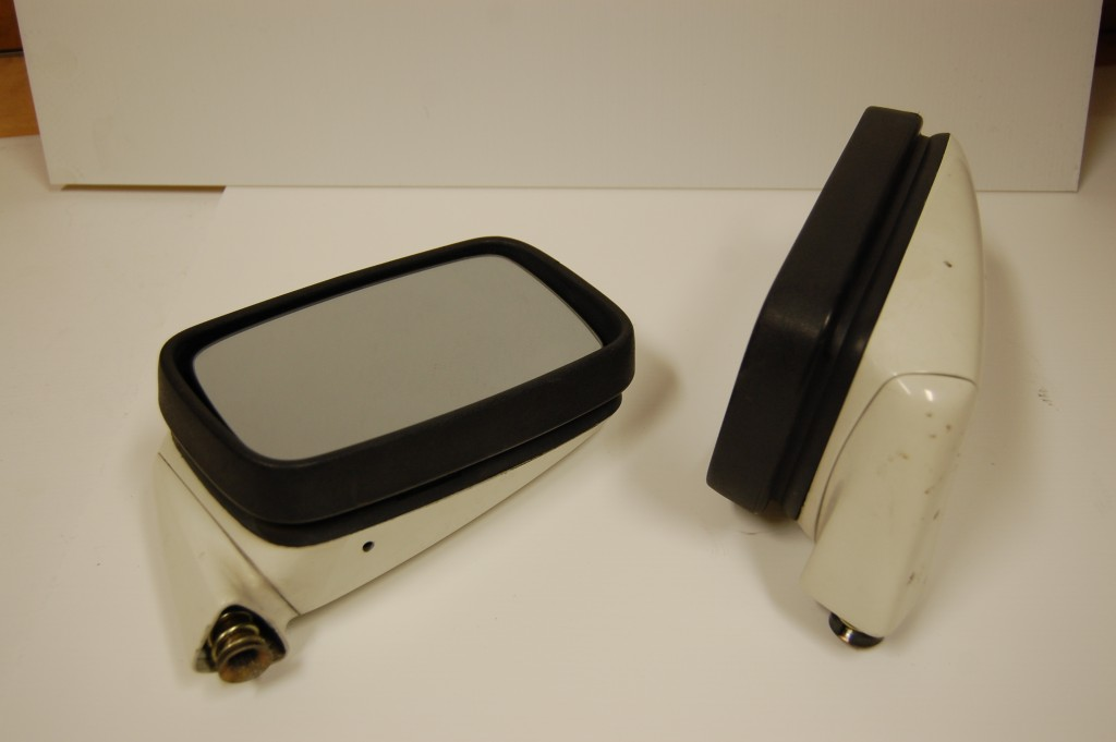924 / 944 Standard Mirrors
